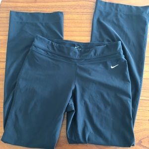 Nike Be Strong Dri-FIT Poly Pant LT